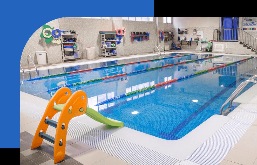 escuela infantil Lazaro piscina cubierta
